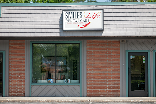 Saratoga-Springs-Dentist-Office-Front-Full